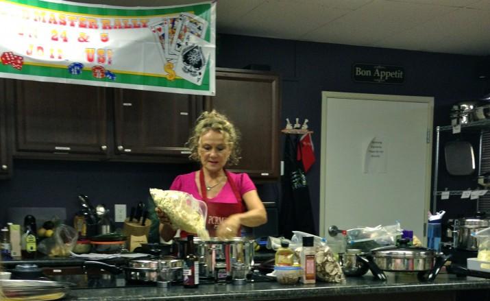 Preparing Garlicky Cauliflower Mashed Potatoes