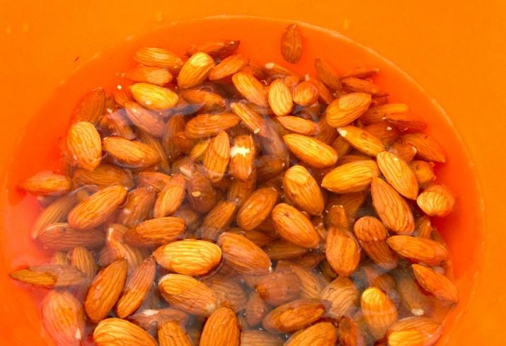 Almonds Soaking
