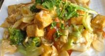 Tofu and Veggie Hong Kong Chow Fun