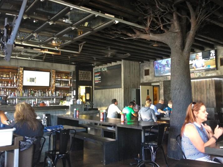 Interior Bar 1502
